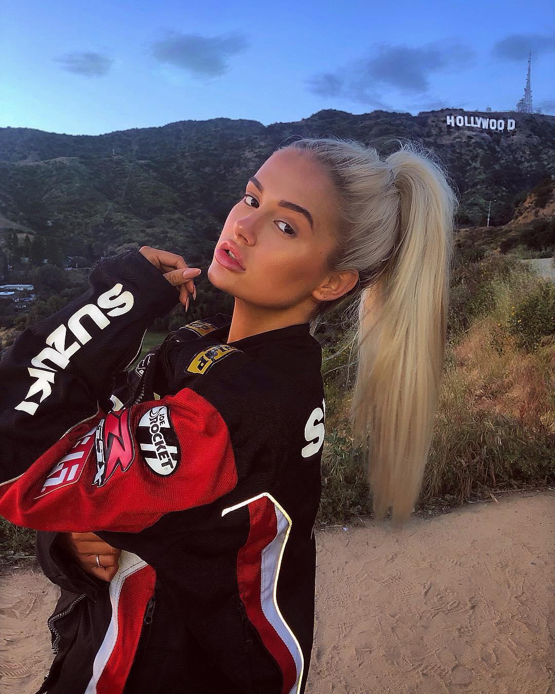 Molly LA-